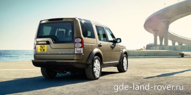 : Land Rover Discovery 4 сзади