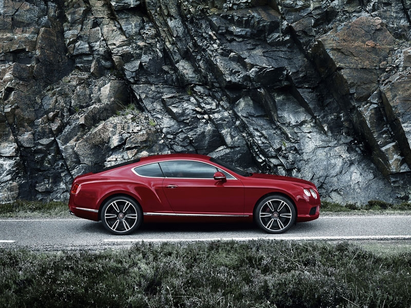 Bentley Continental GT V8 сбоку: