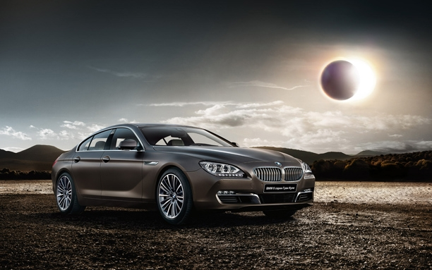 BMW 6ER Grand Coupe: спереди справа