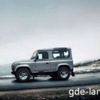 : Land Rover Defender сбоку