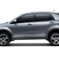 : SsangYong Actyon сбоку