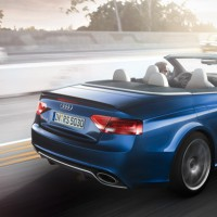 : Audi RS 5 Cabriolet на трассе