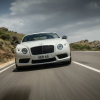 New Bentley Continental GT V8S вид спереди: