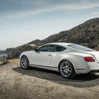 New Bentley Continental GT V8S сзади, сбоку: