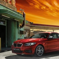 BMW 2ER Coupe: слева сбоку