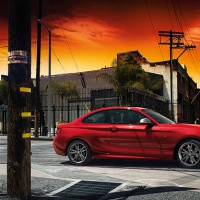 BMW 2ER Coupe: справа сбоку