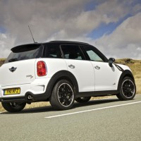 MINI Cooper SD ALL4 countryman: сзади справа