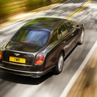 NEW Bentley Mulsanne Speed: сзади сверху