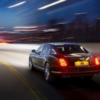 NEW Bentley Mulsanne Speed: сзади слева